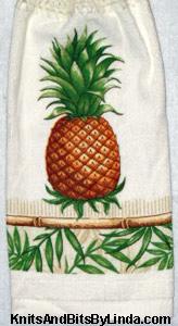 Kitchen Linens - Tablecloths, Towels & Aprons