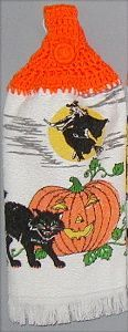 Halloween kitchen hand towel with black cats